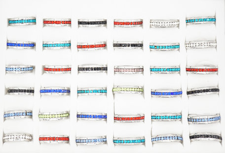36 RVS Ringen met Glinsterende Zirkonia's