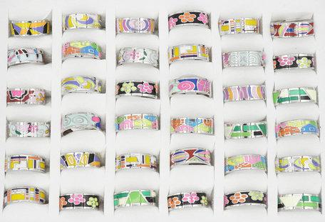 36 RVS Ringen  - Abstracte Ontwerp