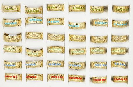 36 RVS Ringen - Goud Kleurig met Glinsterende Zirkonia's