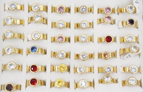 36 RVS Ringen - Goud Kleurig met Glinsterende Zirkonia