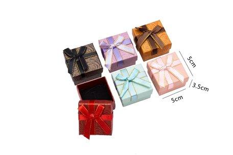 24 stuks Verpakkings doosjes ring 5x5x3.5 cm