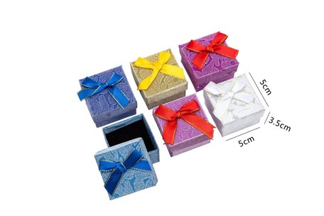 24 pieces Packaging Boxes ring 5x5x3.5 cm