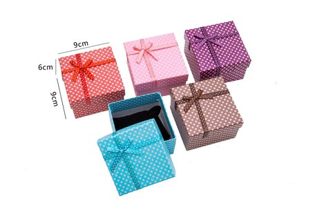 6 pieces jewellery Packing Boxes Bracelet or watch 9x9x5.5 cm