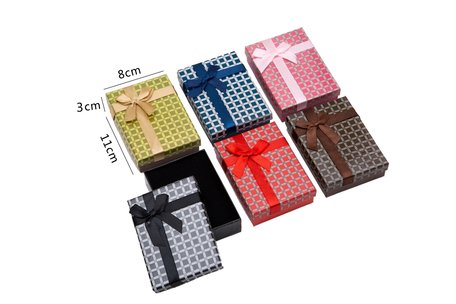 12 pieces Packaging boxes chain 11x8x3 cm