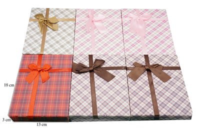 6 stuks Verpakkings doosjes ketting 18x13x3 cm