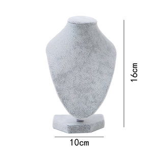 Display Hals Fluweel Grijs 16 cm hoog